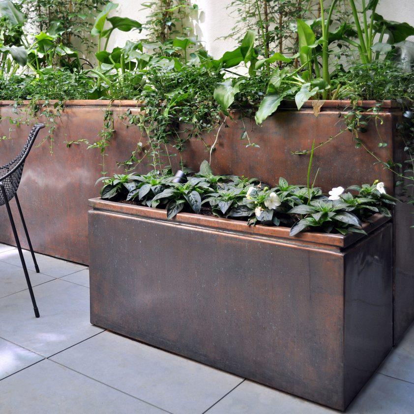 Box – Bronzino Zinc Garden Planters Uk on zinc garden statues, zinc planter boackround on white, zinc bowls, zinc window boxes, zinc furniture,